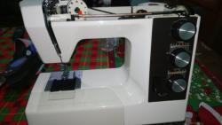 imagen adjunta de No corre el selector de puntadas de maquina de coser toyota 9800