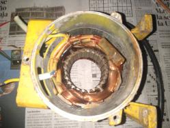 imagen adjunta de Conectar capacitor y bimetal en bomba centrifuga de 1/2