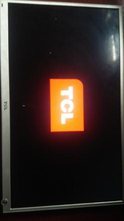 imagen adjunta de Smart Tv TCL  L32E5390 se Cuelga en el inicio