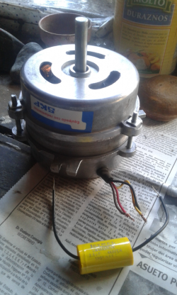 imagen adjunta de Motor de extractor de aire del techo tipo hongo