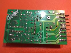imagen adjunta de Alguien conoce esta placa de control ?